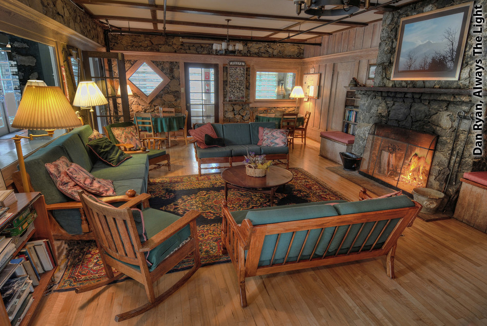 Alpine Lodge living room